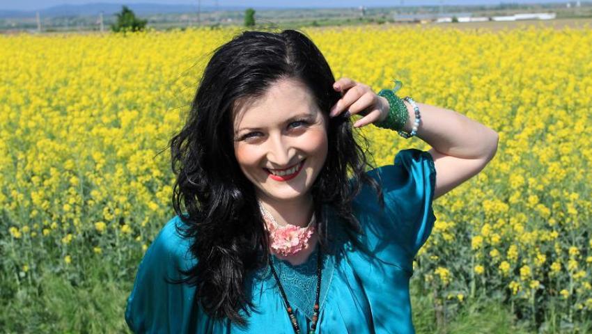 Daniela Petre, sau puzzle-ul culorilor