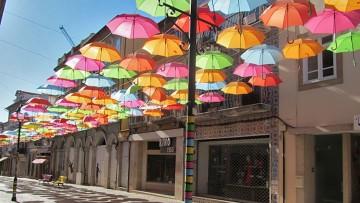 Agueda orasul umbrelelor