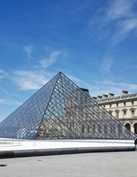 Louvre-musee