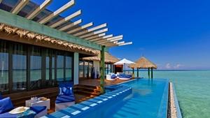 Maldive-pool
