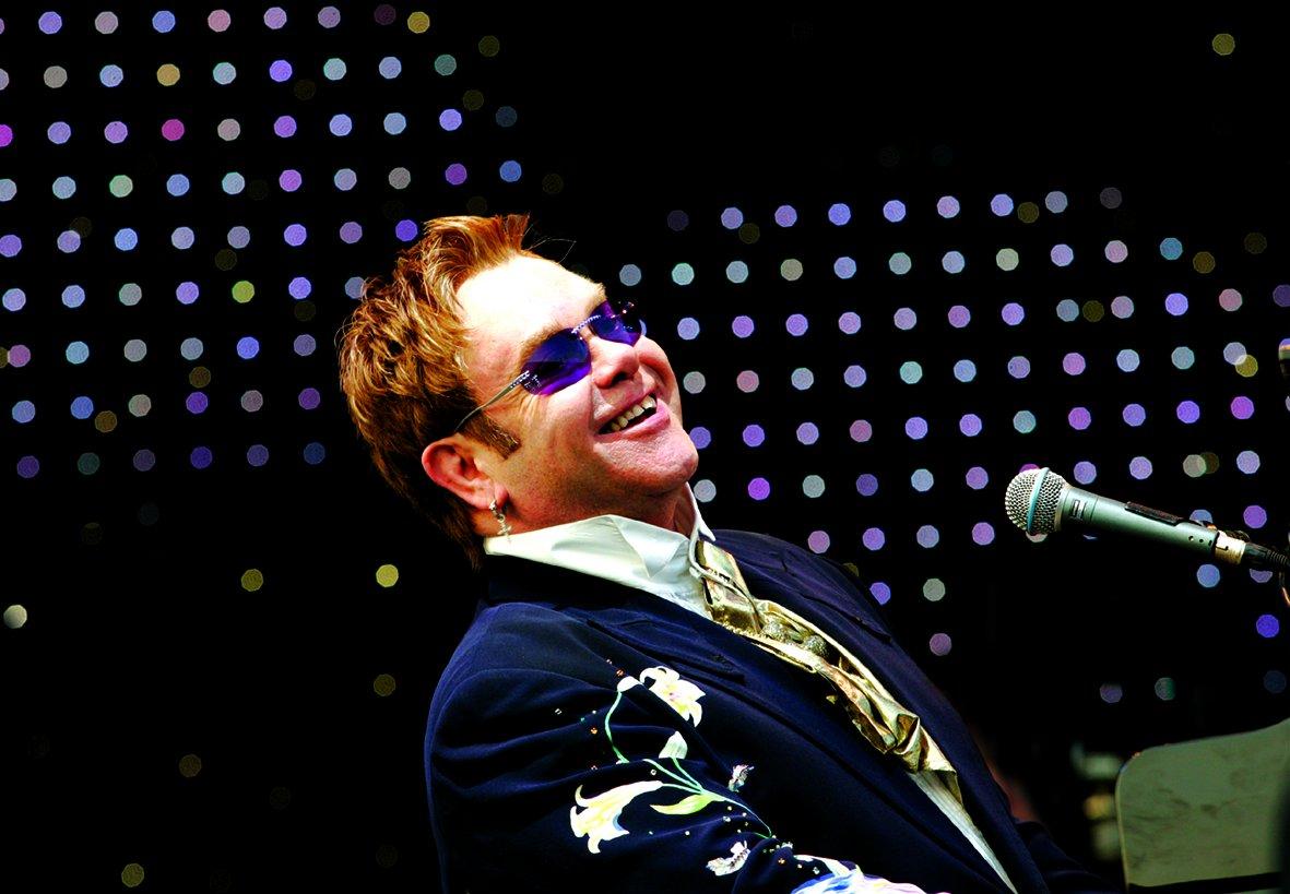 Elton John–Home Again