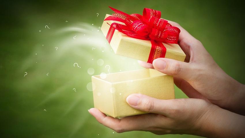 Cadouri: suma iubirii este mai mica decat lungimea asteptărilor ?